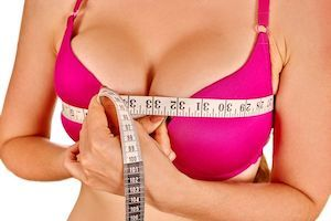 "The Pros and Cons of ""Going Big"" with Large Breast Implants"